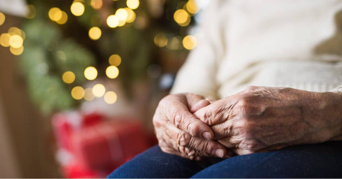 8 Worst Gifts for Seniors (and What to Give Instead) – DailyCaring